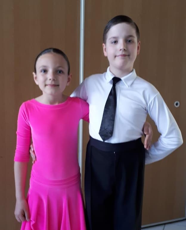 Kalyunzhny, Sebastian  - Ron, Viktoria